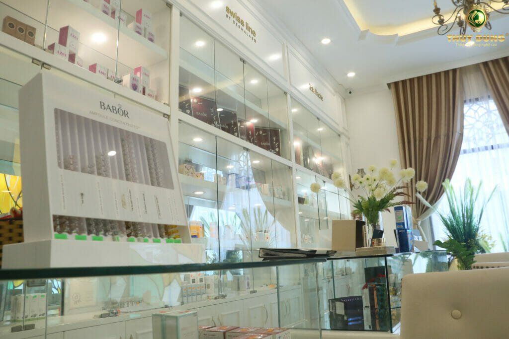 showroom-trung-bay-san-pham